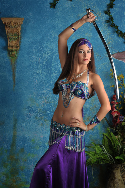 Amanda- professionally trained dancer, Belly Dancer show with specialty sword balancing routine in New Jersey, Belly Dancer Sword Balancing NJ, specialty option sword balancing choreography
