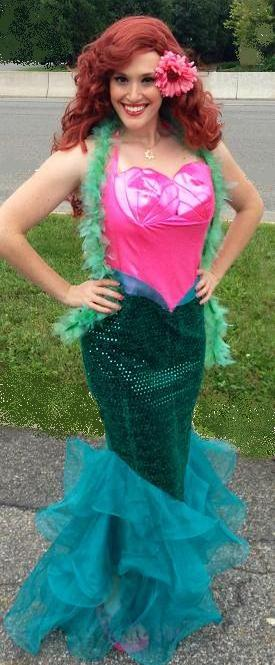 Mermaid Bridgette- professinal stage actress and trained singer poses as the Little Mermaid