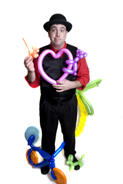 Variety Entertainers and Balloon Art Sculptures, strolling variety and magic with animal balloons or elaborate balloon art