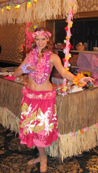 Emily- professional Hawaiian Luau Hula Dancer in New Jersey, traditional Hawaiian hula dancing and fast paced hip movements of Tahitian dance, kid's hula show dancer, NJ Hawaiian Hula Dancer