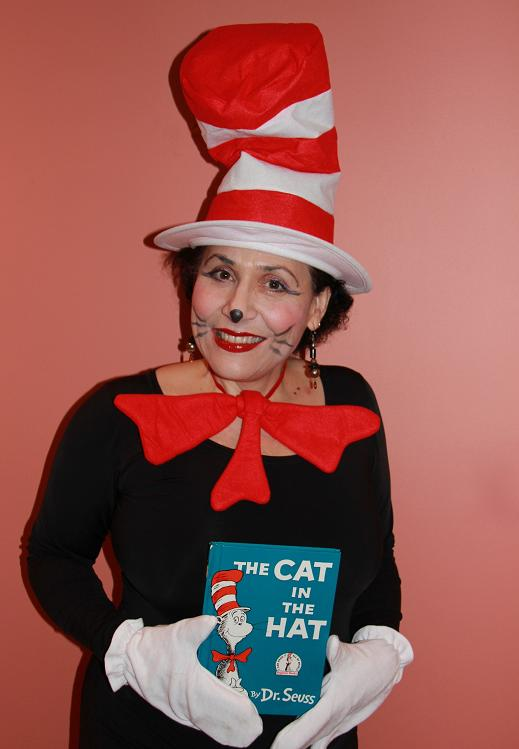 Cat in the Hat children's character storyteller and musical entertainer for kid's birthday parties in New Jersey