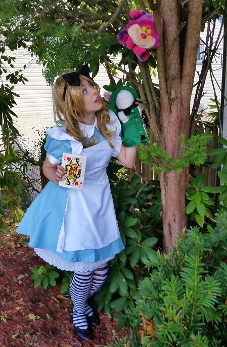 Alice's Wonderland Adventure features lovely young progessional musical theater stage actress and trained singer