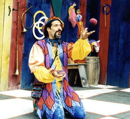Jon- professional stage and corporate Juggler, multi-talented Variety Entertainer, Juggler for hire NJ, outstanding Jester costume, medieval renaissance themed parties or events, mime, clowning, magical variety show