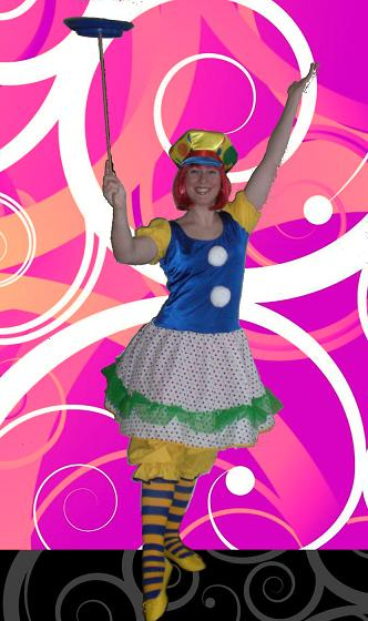 Lelu the Clown- performs kid-friendly Magic Clown show for birthday parties, specialty juggling and plate spinning included, carnival entertainer for children