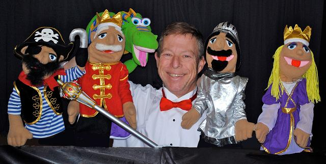 "Professional Variety Entertainer Puppeteer Les presents ""The Difference Decree"" Puppet Show with an educational moral lesson, Les is a professional stage character actor, voice artist and storyteller, his puppet show is great for children's birthday parties as well as preschool and summer camp shows, the kids just love Les and his quirky adorable puppets, NJ Puppet Show for kids"