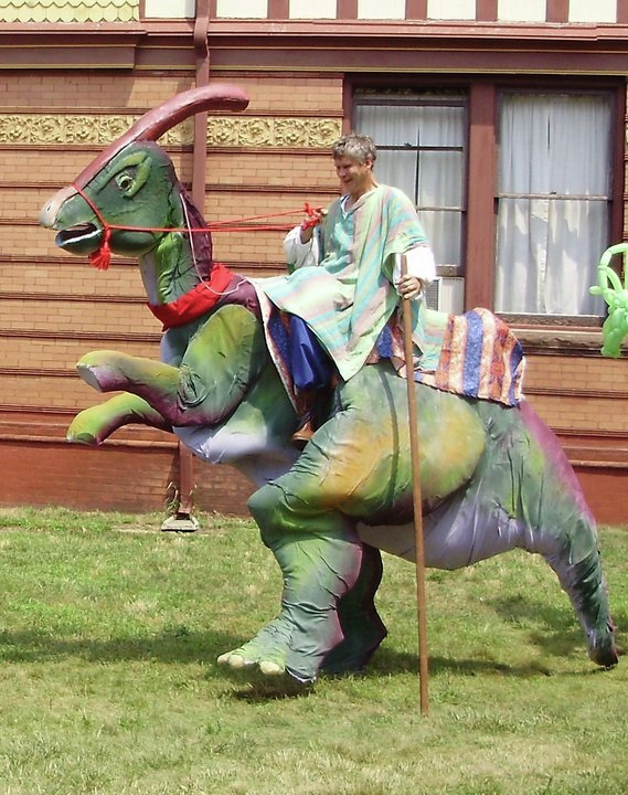 Ron- unique realistic Dinosaur character stilt walker, great for festivals, parades, corporate events, comapany picnics, stage shows, grand openings, promotions