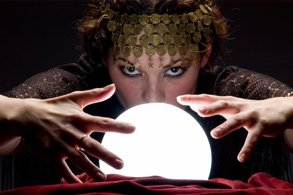 Children's Gypsy Fortune Teller show, professional actress and children's entertainer for Halloween parties, show includes, gypsy, show includes Halloween music and sound effects, magical talking light-up crystal ball, a kid's magic show, balck cat puppet, stickers, treasure hunt with souvenirs, animal balloons, and optional tattoos