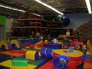 Kidnetic in Montville NJ, fun party place in Northern NJ area, play equipment, birthday parties in NJ, children's party facility